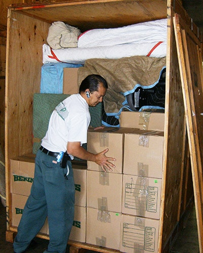 Packing Storage Container With Household Items